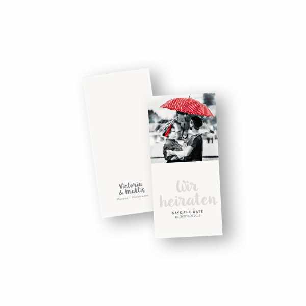 Einladungskarten – Klappkarte – DIN-lang im Hochformat mit Kopffalz mit dem Design Liebespaar