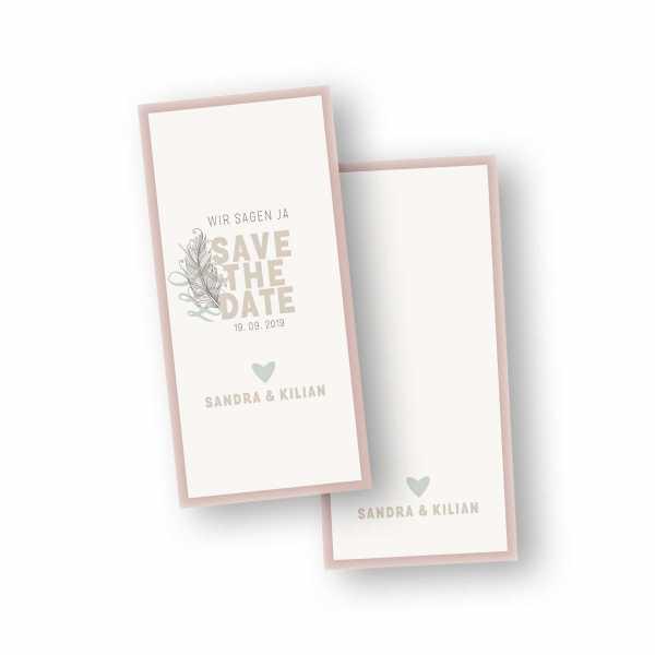 Einladungskarten – Klappkarte – DIN-lang im Hochformat mit Rückenfalz mit dem Design Save the Date & Feder